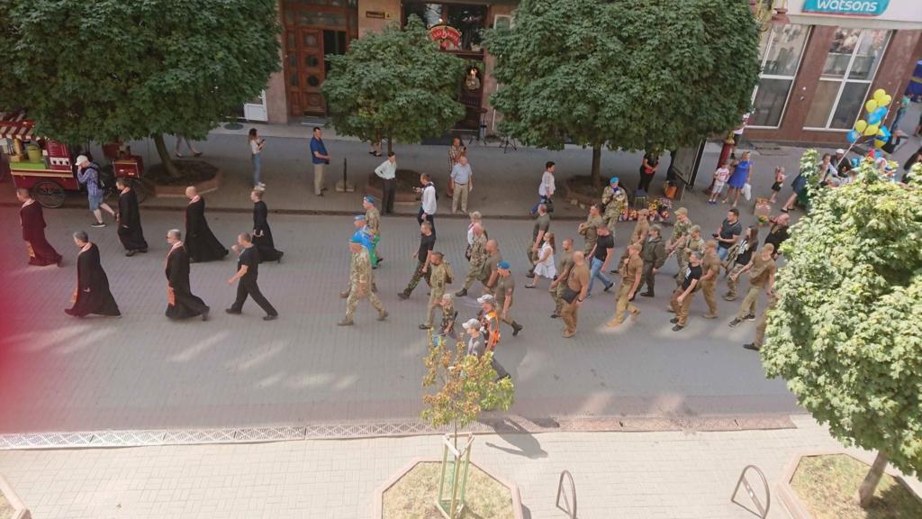 Марш нескорених: у Франківську вшанували полеглих на війні 2014-2019 років 2
