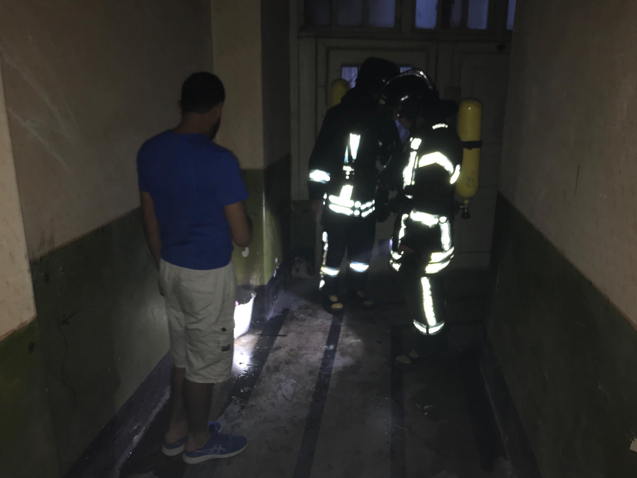 """На """"стометрівці"""" пожежа в історичній камениці – прибули 4 пожежні машини 12"""