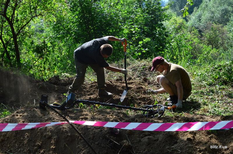 У Галицькому районі знайшли масове поховання жертв репресій 22