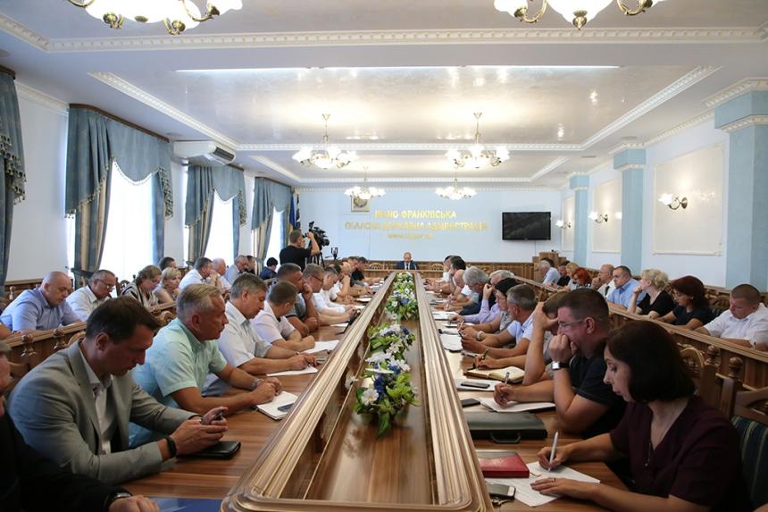 """Денис Шмигаль оголосив на Прикарпатті """"місячник доступності"""" 2"""