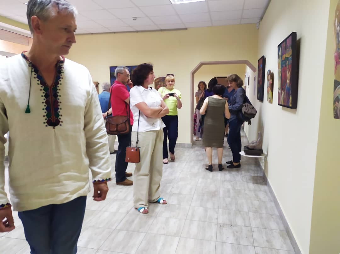 У франківському ЦСМ скульптури і картини виставив Василь Андрушко 4