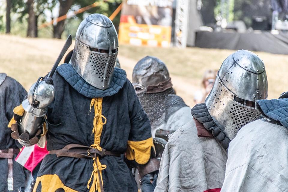"""Бої лицарів, Ремарк і польоти на кулях – чим вразив фестиваль """"Галицьке лицарство"""" 12"""