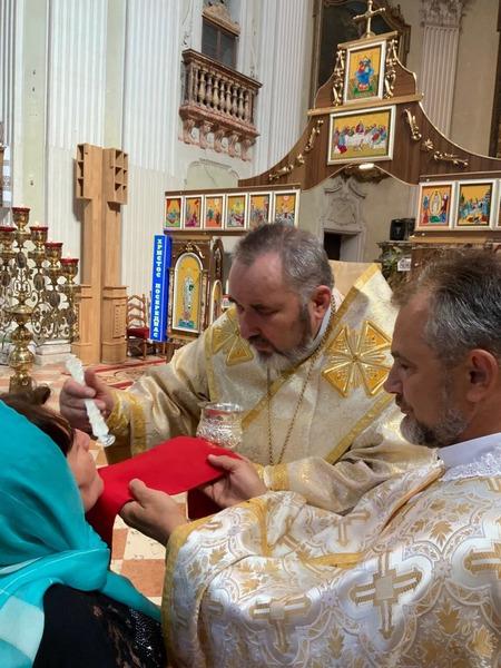 Коломийський єпископ очолив урочисте богослужіння в італійському храмі 6