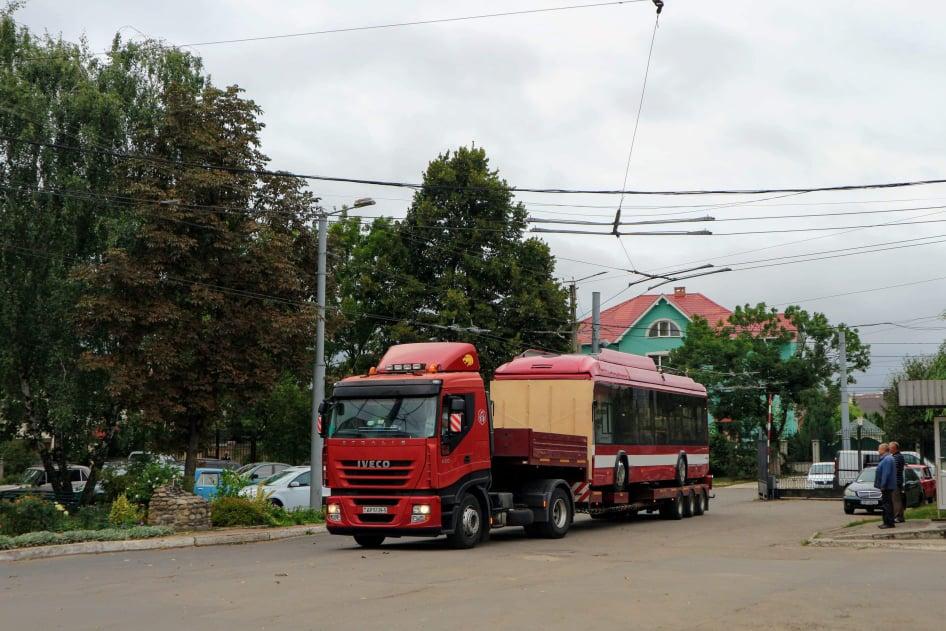 До Франківська приїхала перша партія білоруських тролейбусів 8