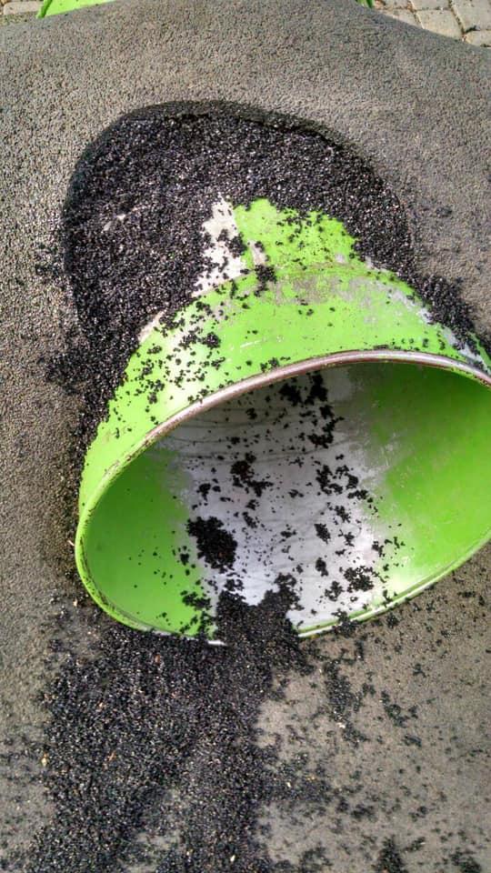 Понищили дитячий простір біля Міцкевича – франківців просять уважати на ремонт 1