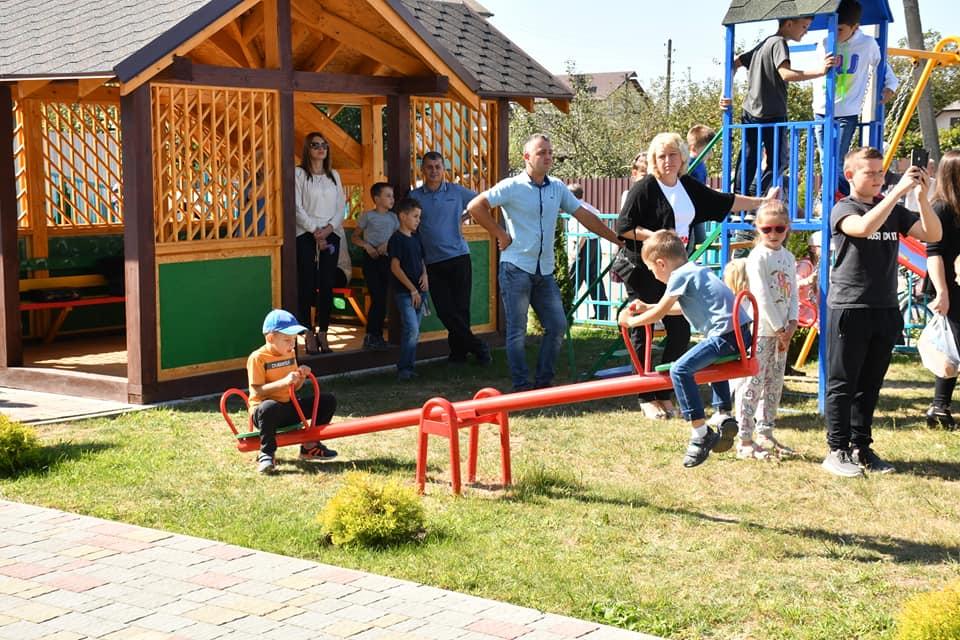 У Чернієві відкрили дитячий садок 20