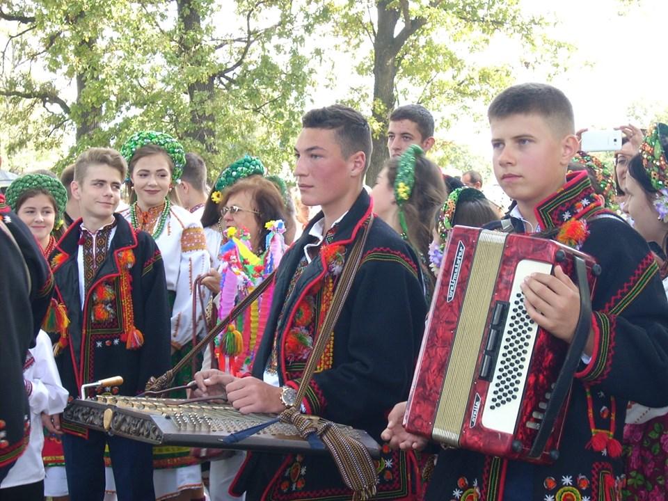 На Коломийщині відгуляли «Гуцульське весілля» 10