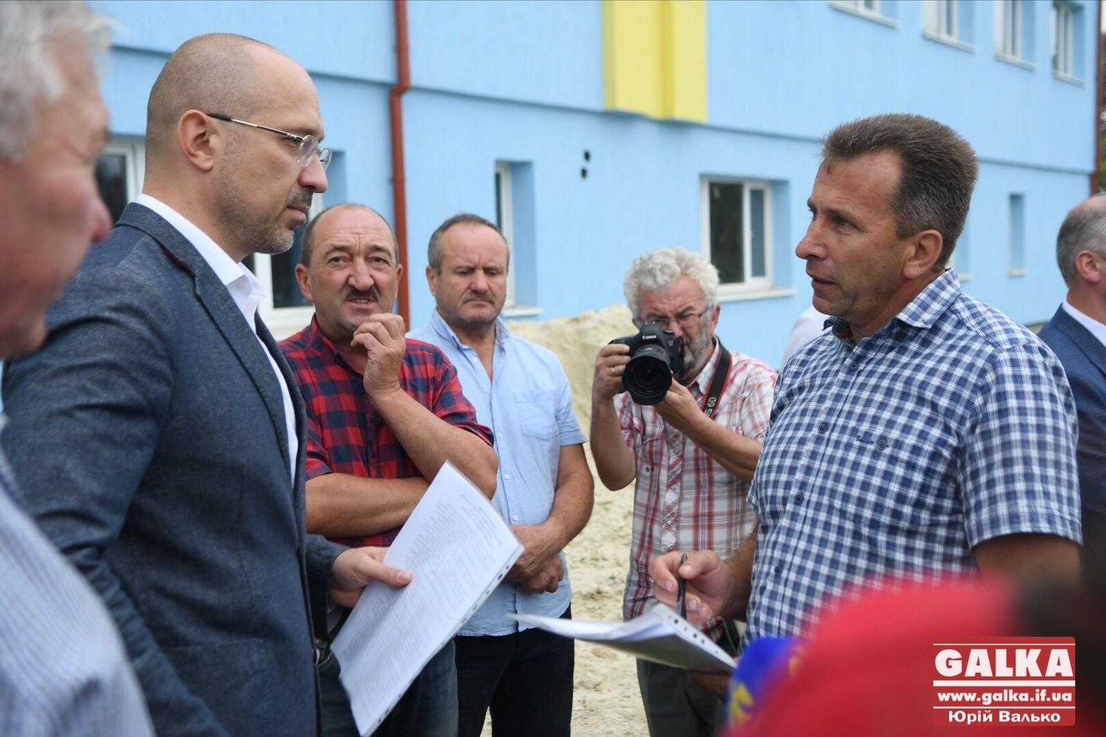 У Космачі збудували корпус школи без опалення і каналізації 2