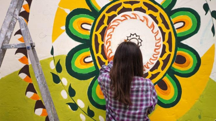 Ремонтуємо, малюємо й комунікуємо: як волонтери БУРу змінювали Надвірну 16
