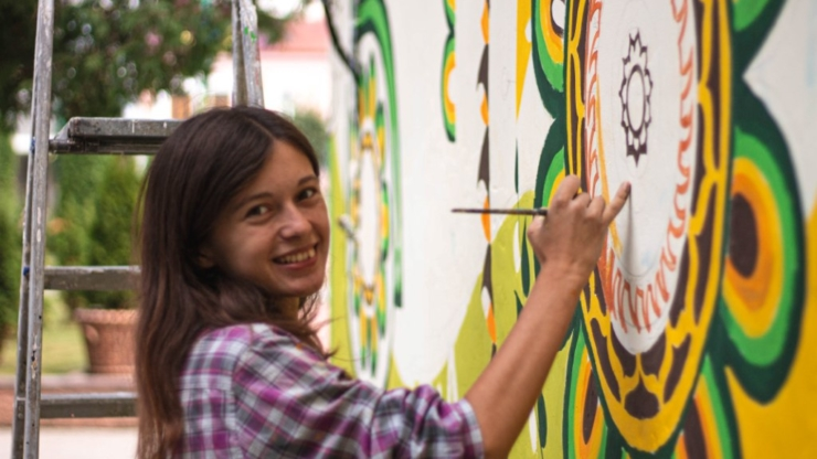 Ремонтуємо, малюємо й комунікуємо: як волонтери БУРу змінювали Надвірну 14