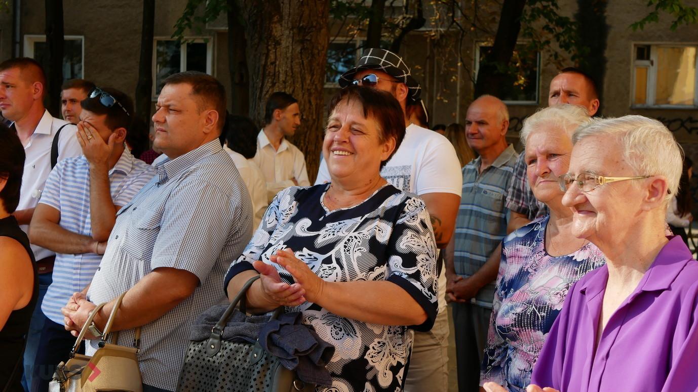 У школах Івано-Франківська пролунав перший дзвоник 24