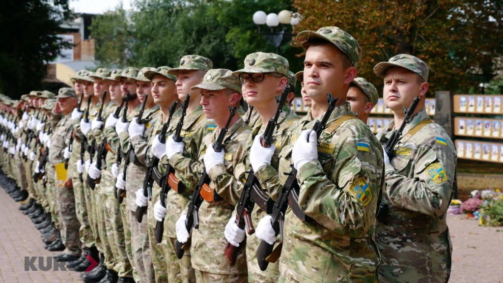 Випускники військової кафедри ПНУ ім. В. Стефаника урочисто склали присягу 11