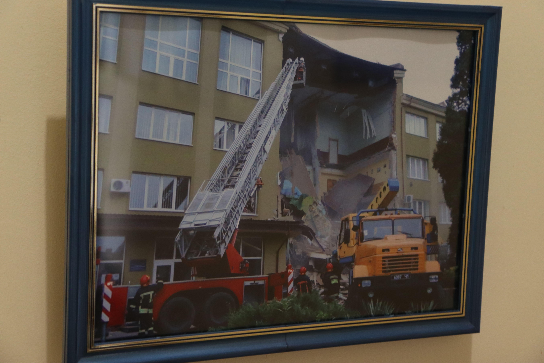 У Франківську відкрили виставку світлин про роботу рятувальників 4