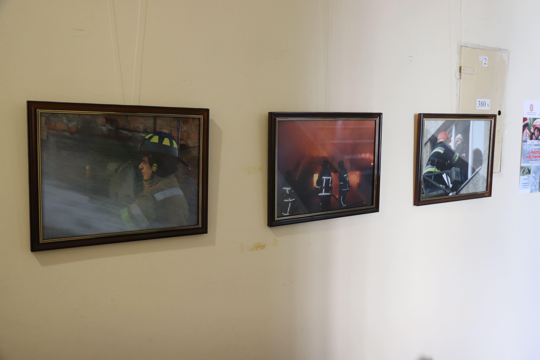 У Франківську відкрили виставку світлин про роботу рятувальників 12