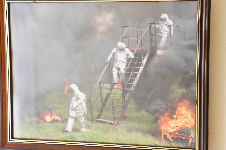 У Франківську відкрили виставку світлин про роботу рятувальників 30