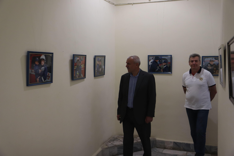 У Франківську відкрили виставку світлин про роботу рятувальників 38