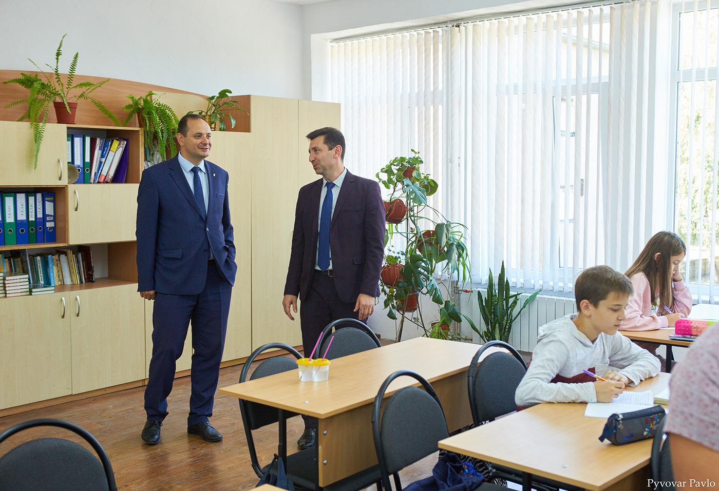 У франківській школі-гімназії №3 відкрили сучасний кабінет трудового навчання 3