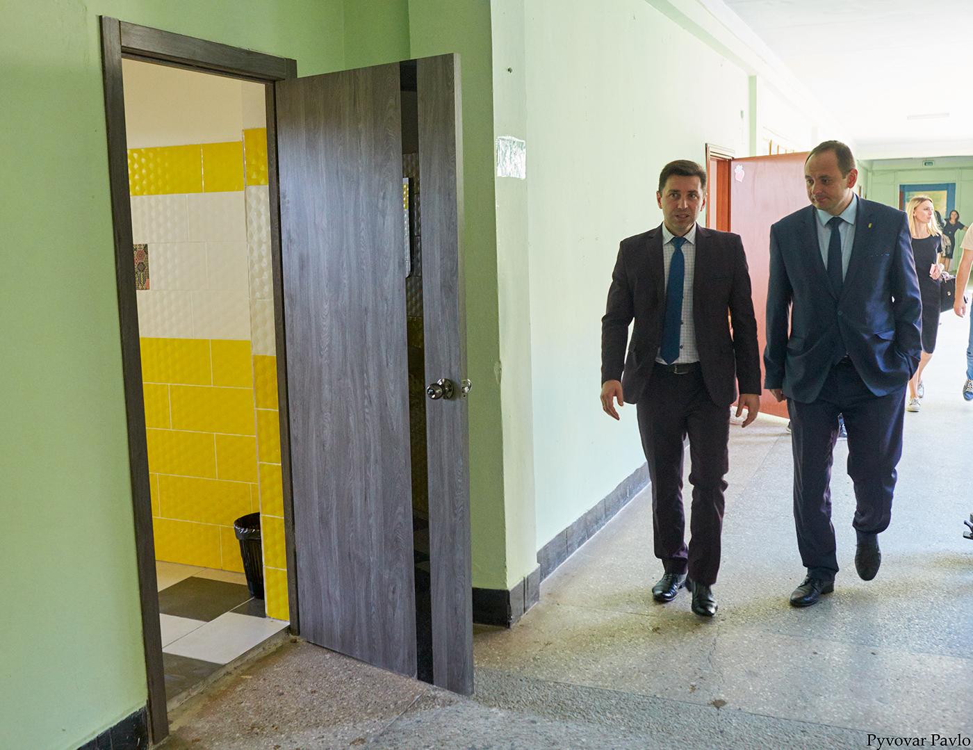 У франківській школі-гімназії №3 відкрили сучасний кабінет трудового навчання 4
