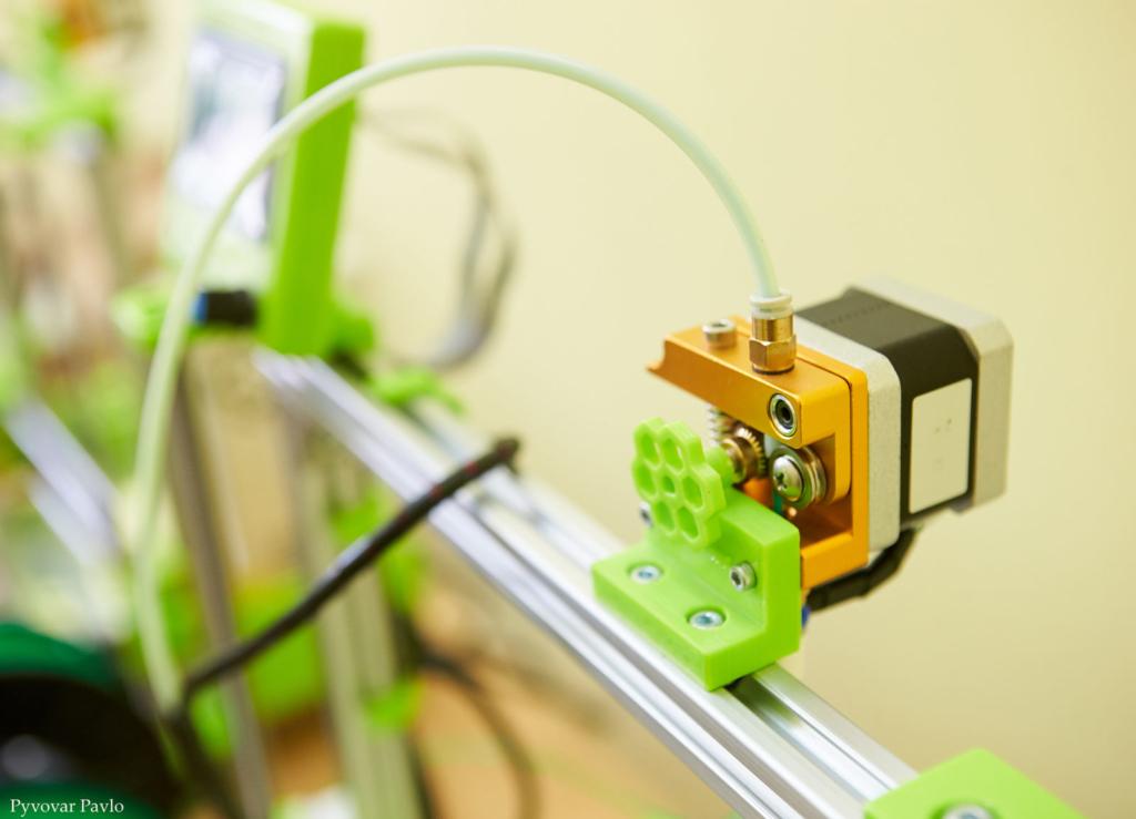 У Франківську запрацювала дитяча 3D-лабораторія 4