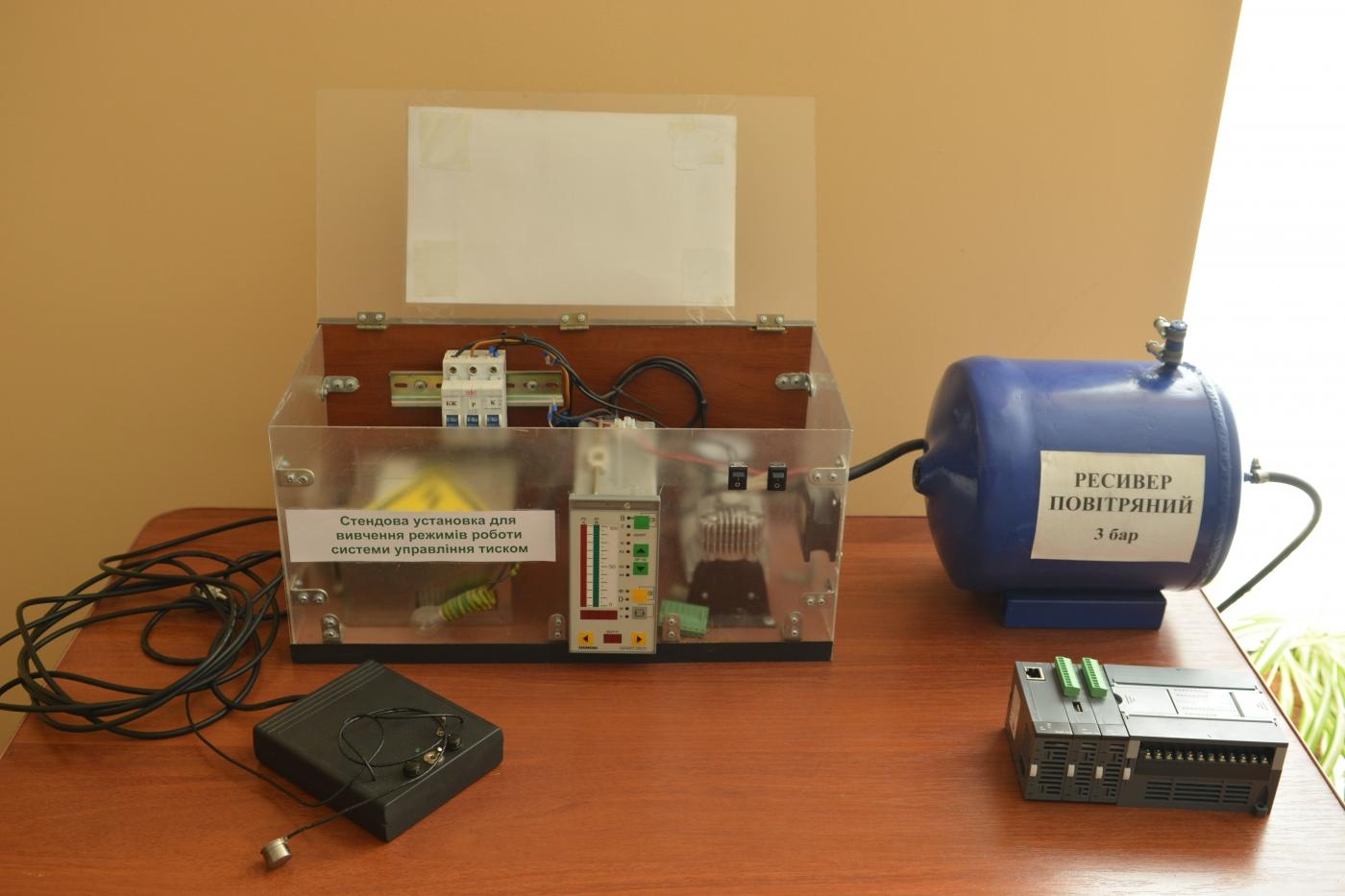 В ІФНТУНГ відкрили лабораторію Інтернет речей 10