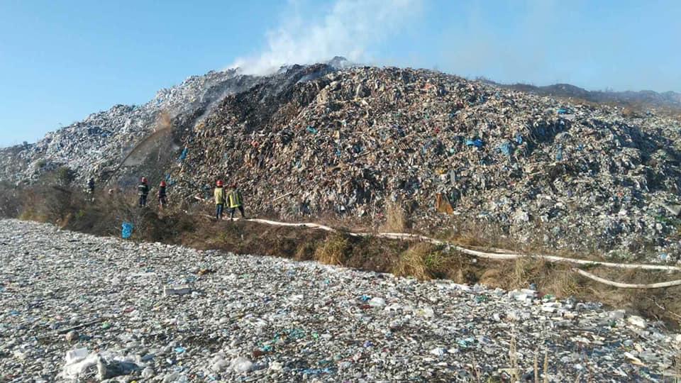У Рибному під Франківськом горить сміттєзвалище. ОНОВЛЕНО 4
