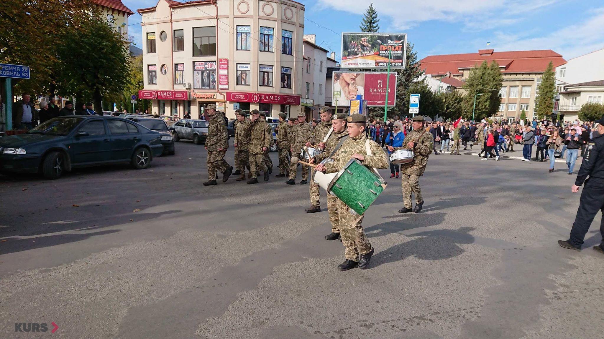 Вірність, честь, відвага: першокурсники Надвірнянського військового ліцею склали присягу 6