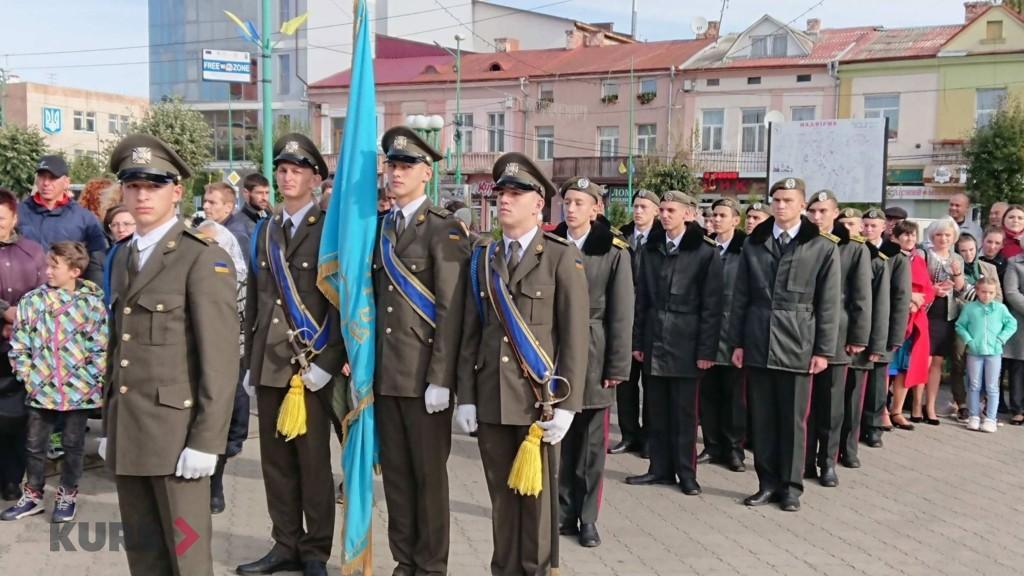 Вірність, честь, відвага: першокурсники Надвірнянського військового ліцею склали присягу 2