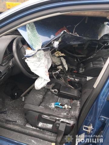 На Франківщині легковик врізався у тягач – є травмовані 4