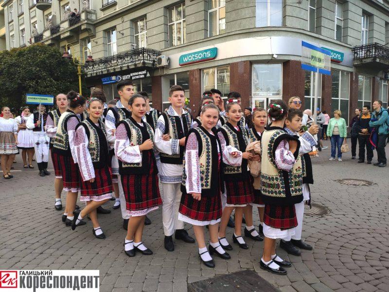 """У Франківську стартував етнофестиваль """"Родослав"""" 22"""