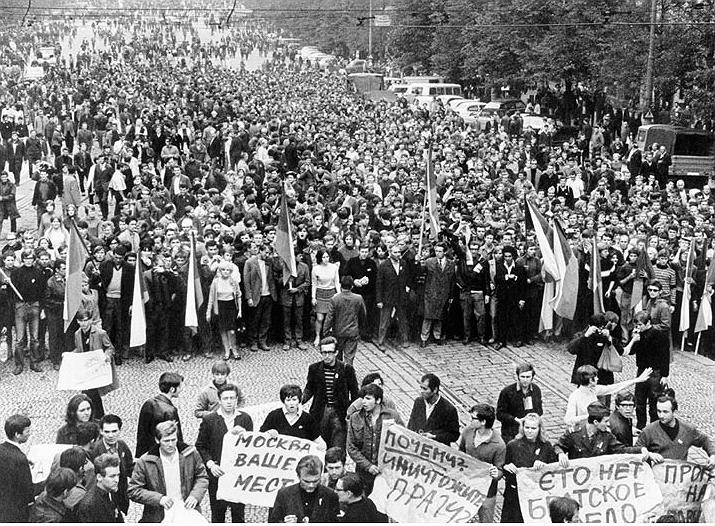 Секс, неофолк і революція: вихідні з відкриттями 5-6 жовтня у Франківську 16