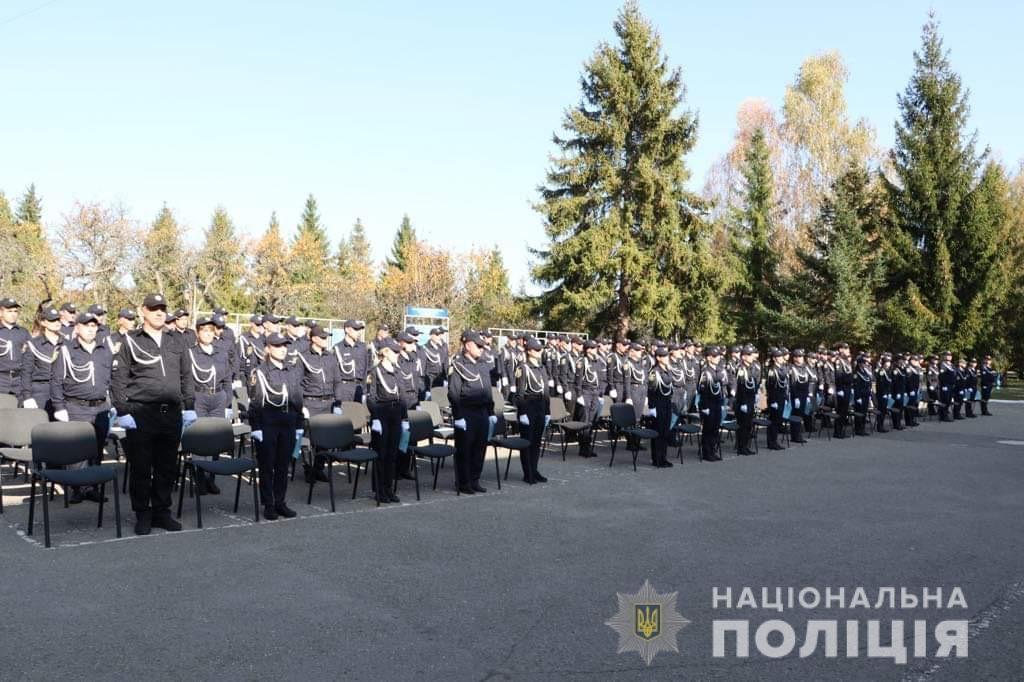 У Франківську 10 патрульних склали присягу на вірність народові України 4