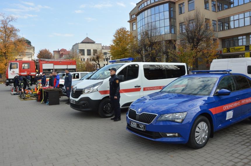 Прикарпатські ОТГ отримали нове спорядження для вогнеборців 2
