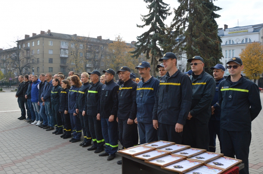 Прикарпатські ОТГ отримали нове спорядження для вогнеборців 3