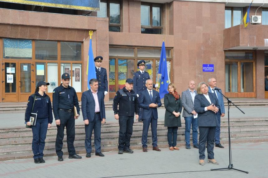Прикарпатські ОТГ отримали нове спорядження для вогнеборців 4