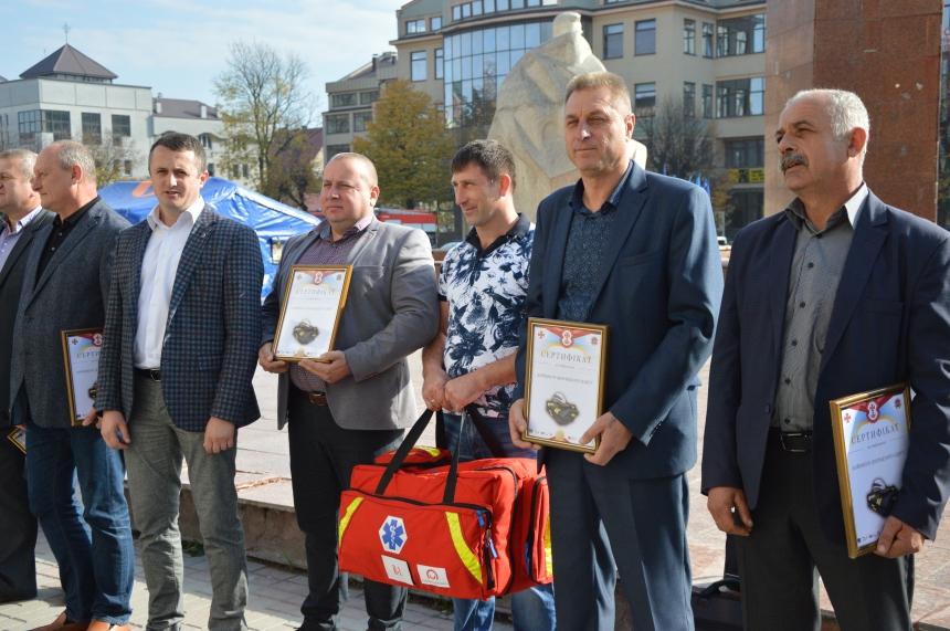 Прикарпатські ОТГ отримали нове спорядження для вогнеборців 6