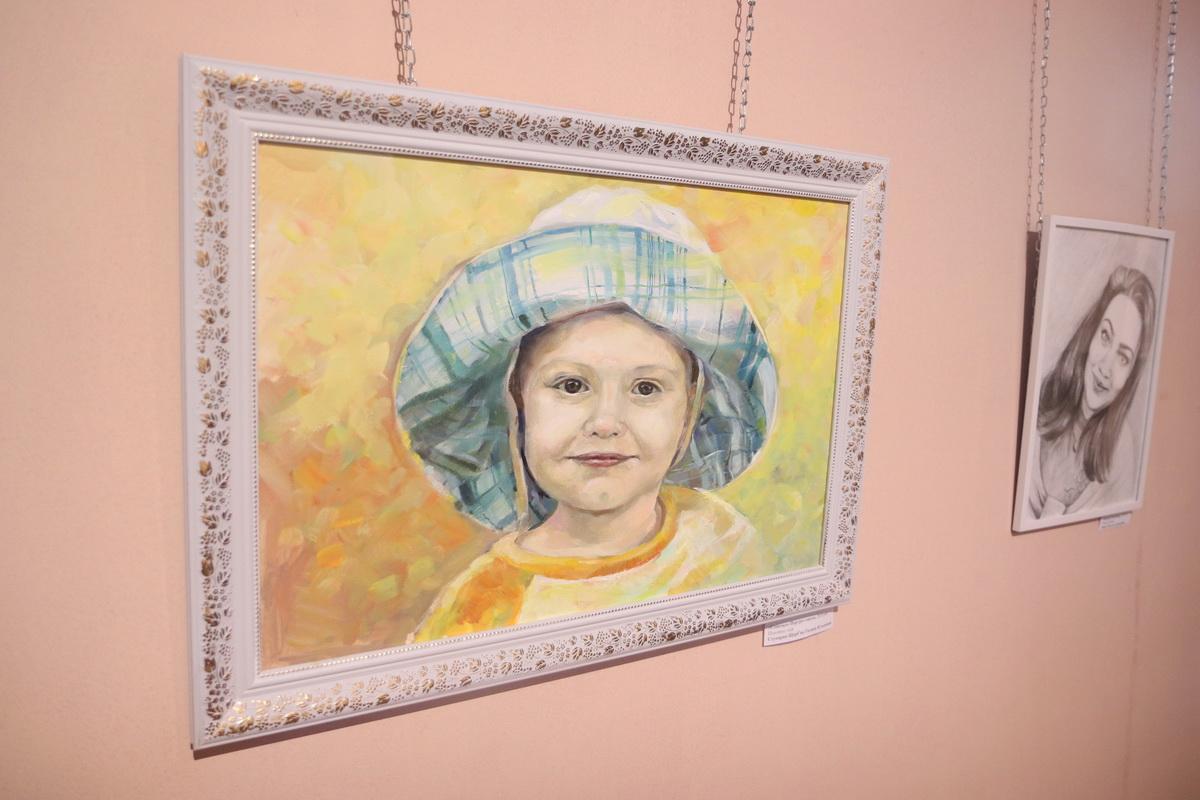 У Франківську дитяча художня школа відзначила ювілей великою виставкою 6