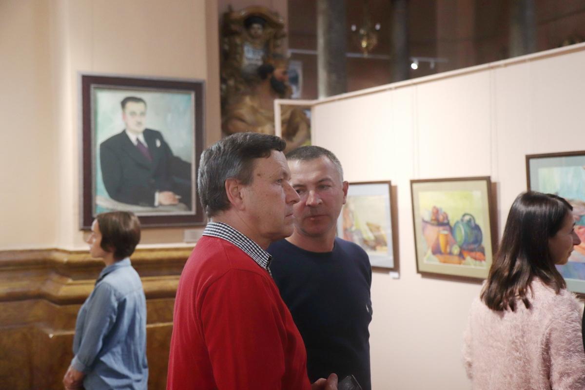 У Франківську дитяча художня школа відзначила ювілей великою виставкою 26