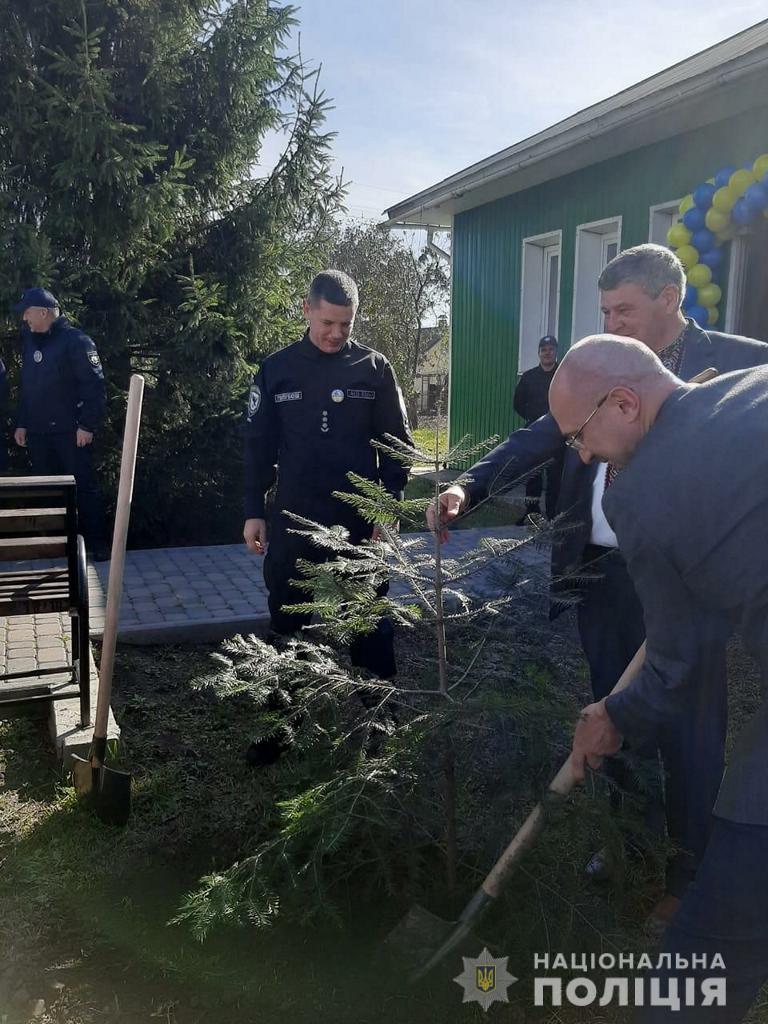 На Прикарпатті відкрили десяту поліцейську станцію 4