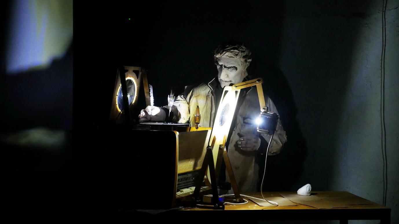 У Франківську представили виставу про внутрішній світ Василя Стуса 16
