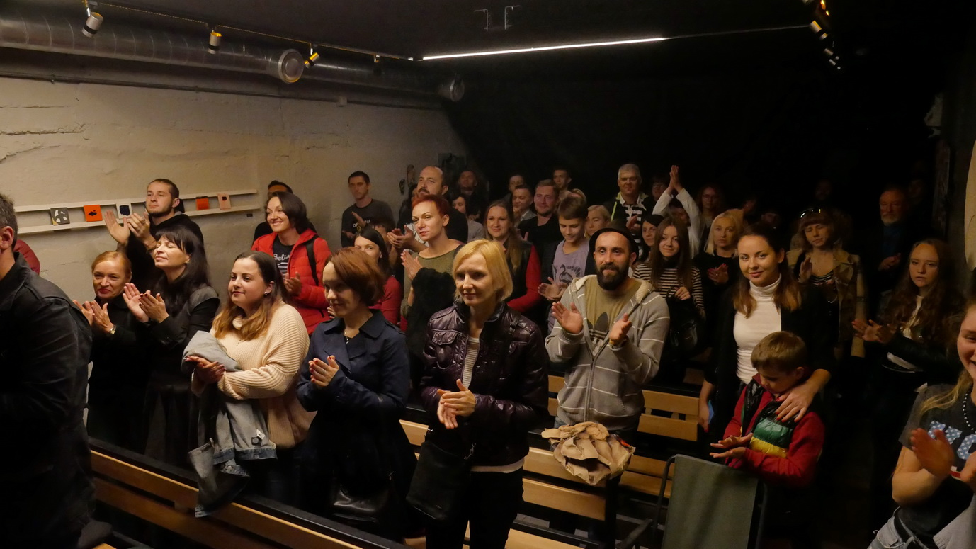 У Франківську представили виставу про внутрішній світ Василя Стуса 28