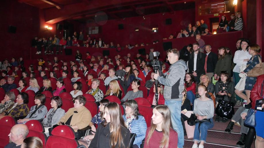 Перезавантаження революцією: у Франківську показали документальний фільм про Майдан 3