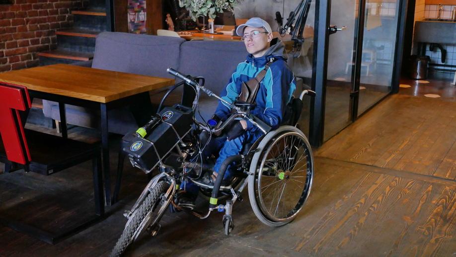 У Франківську поліцейські зняли ролик про паркування для людей з інвалідністю 2