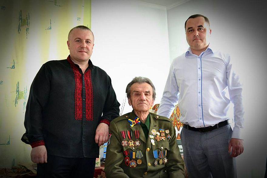 У Надвірній з 90-літнім ювілеєм привітали легендарного вояка УПА 2