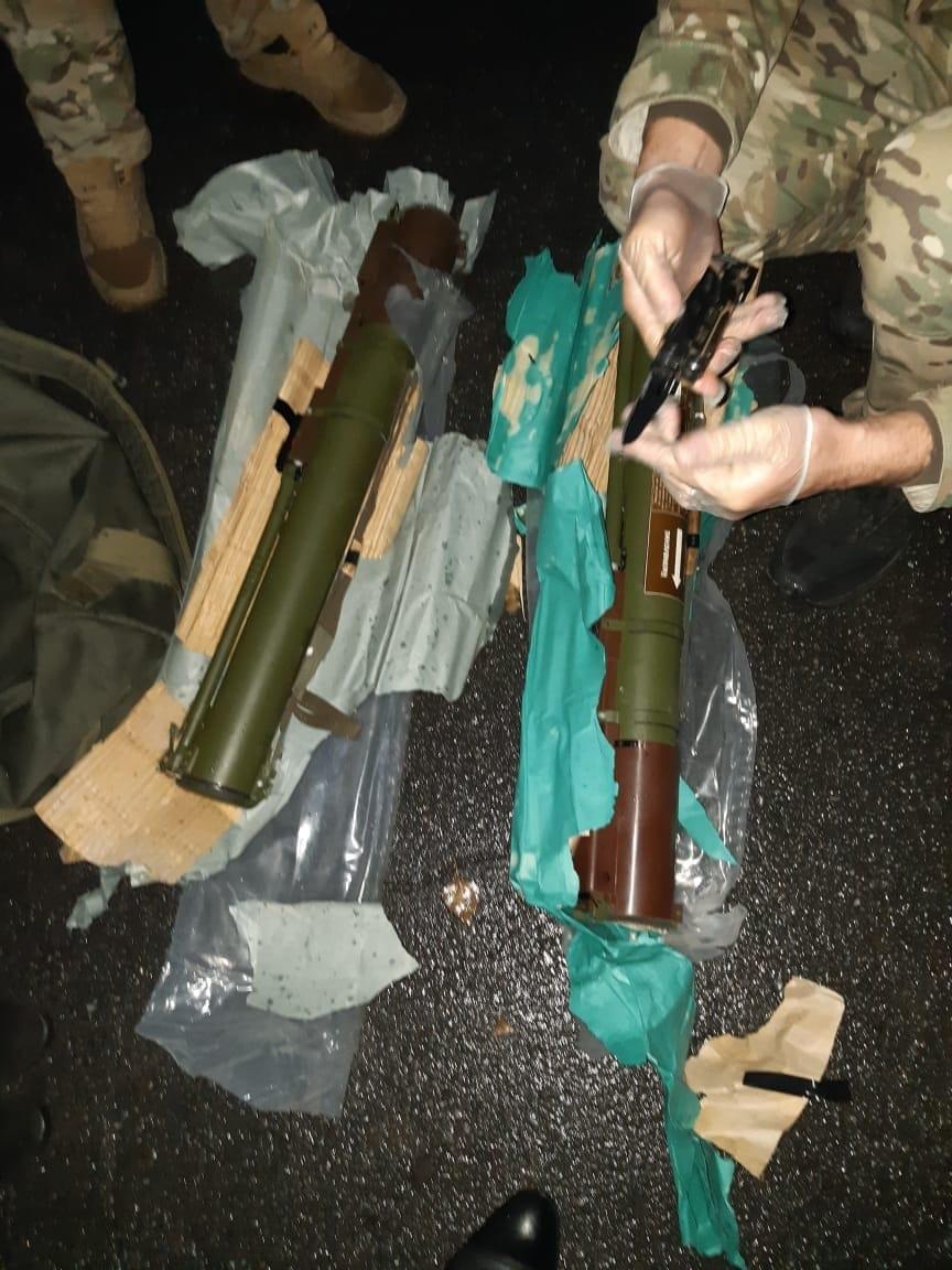 На Франківщині СБУ затримала військового, що продавав гранатомети, гранати і тротилові шашки 3