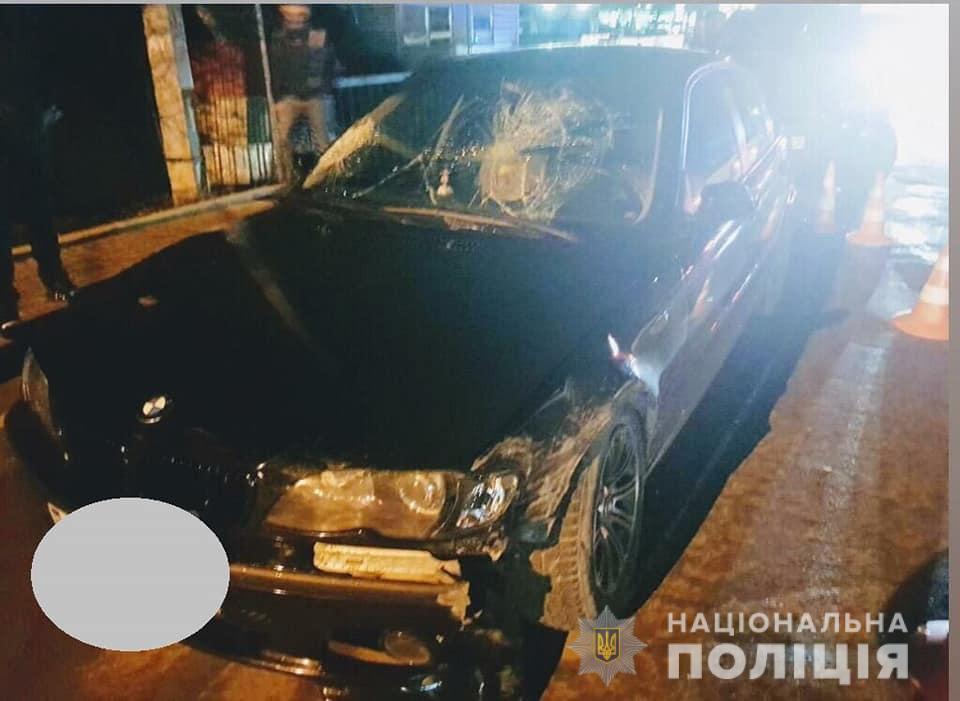 Збив двох людей і зачепив авто – в поліції розповіли подробиці вечірньої ДТП у Франківську 6