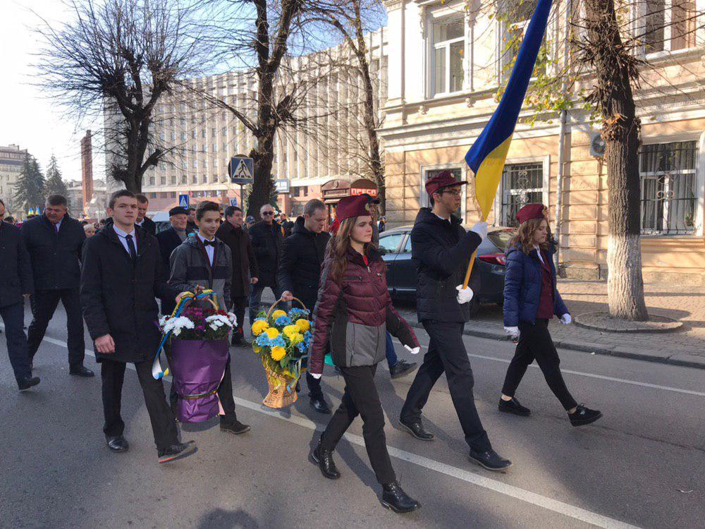 У Франківську відзначають 101-шу річницю проголошення ЗУНР 8