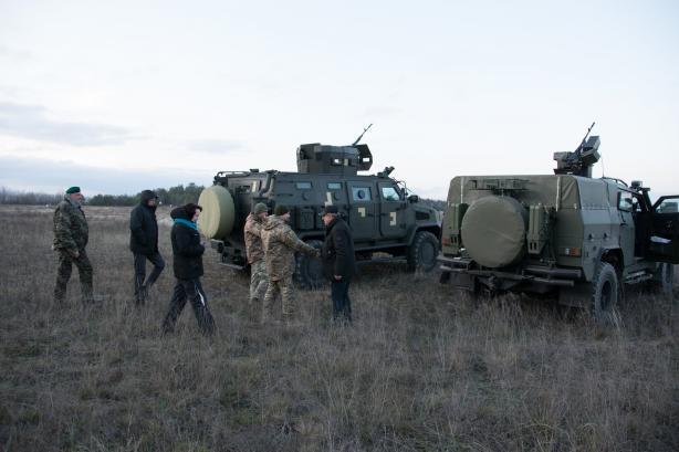 """В Україні випробували бронеавтомобілі """"Козак-2М1"""" і """"Варта-Новатор"""" 4"""