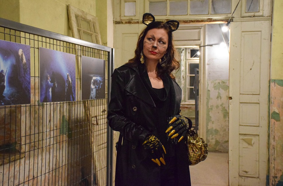 Знайшли привида: містичні читання влаштували у франківському Палаці Потоцьких 22