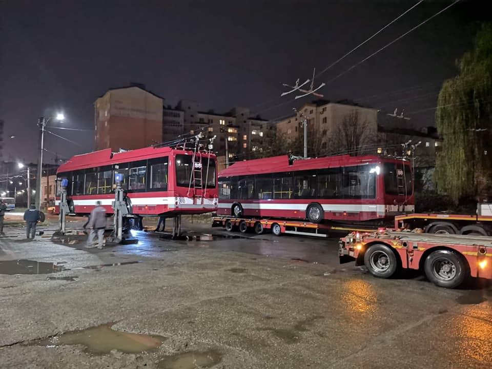 У Франківськ приїхали 10 нових тролейбусів – всі з кондиціонерами 2