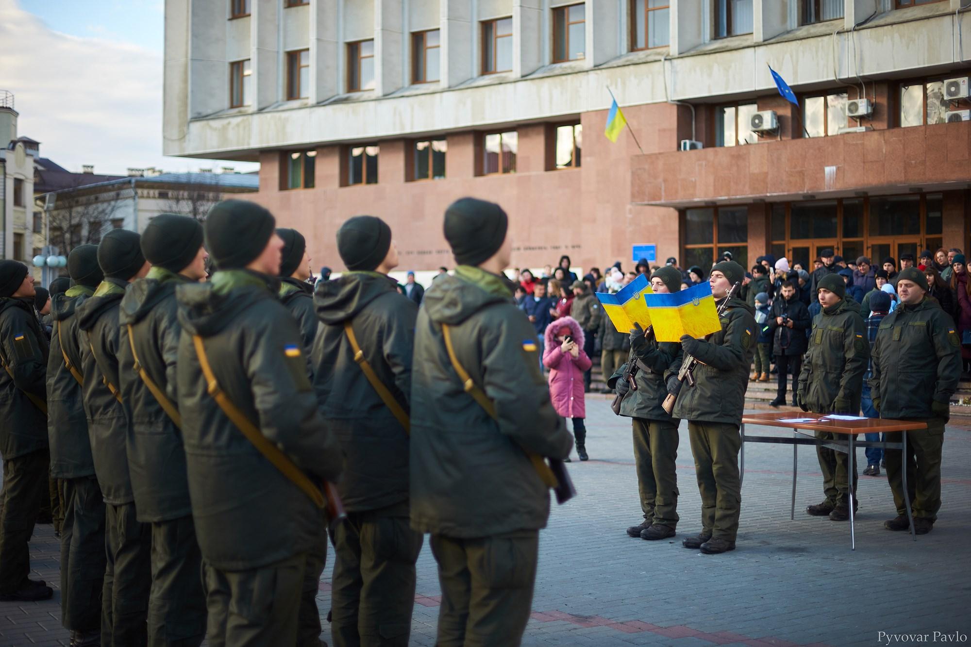 У Франківську 66 нацгвардійців присягнули на вірність українському народу 6